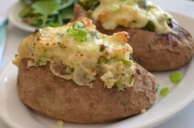 http://theverybesttop10.com/baked-potato-recipe-ideas/