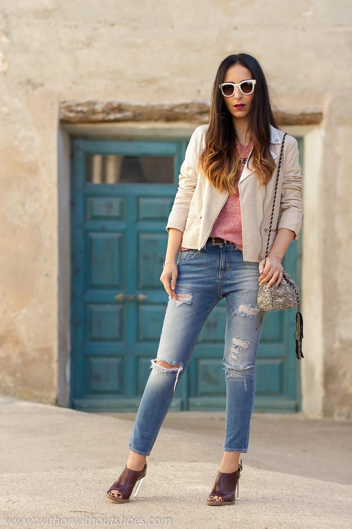 Mejores influencers bloggers valencianos con fotografias bonitas y looks con vaqueros