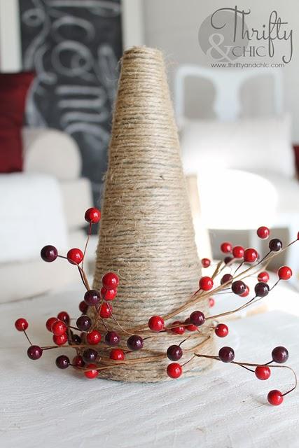 DIY黄麻圣诞树和其他圣诞节装饰想法