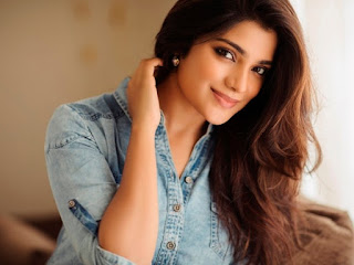Aathmika, Biography, Profile, Age, Biodata, Family, Husband, Son, Daughter, Father, Mother, Children, Marriage Photos.