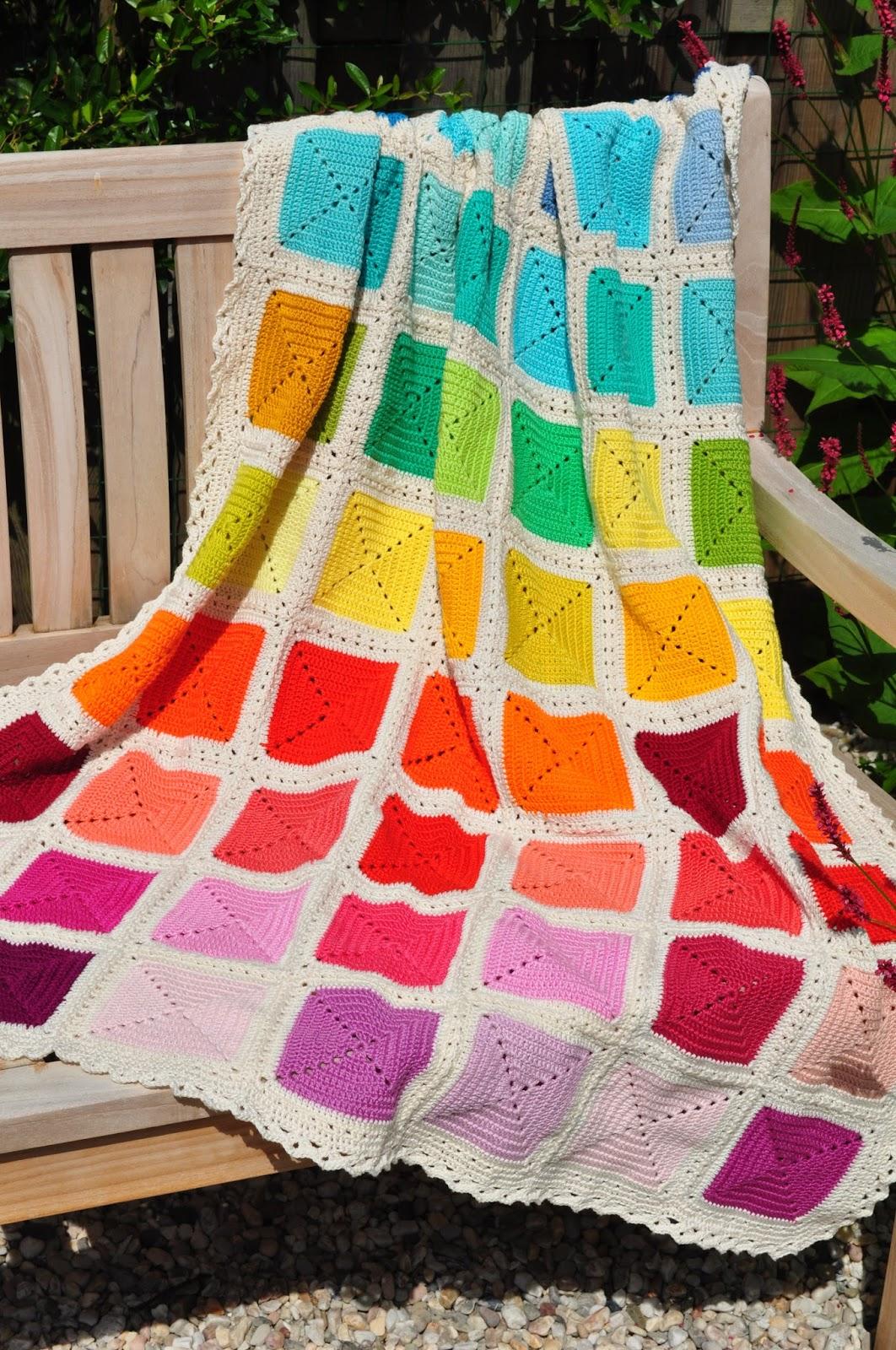 T Bezige Bijtje Tadaa De Rainbow Blanket Regenboogdeken Is Klaar