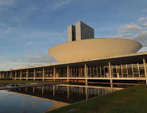 Congresso espera sinalização de Bolsonaro sobre reforma da Previdência