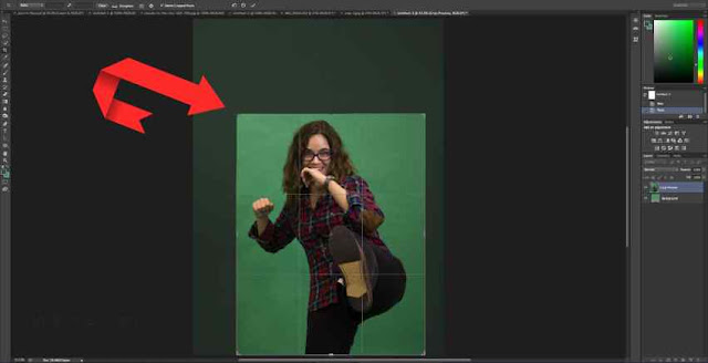 2 | How to Remove Green Screen Background in Photoshop for Beginners