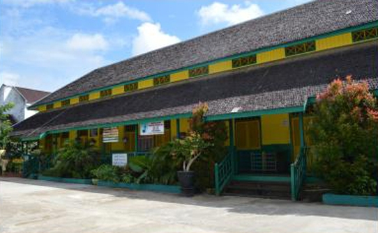 Kombinasi Warna Cat Gedung  bangunan sd di kukar harus berwarna kuning hijau