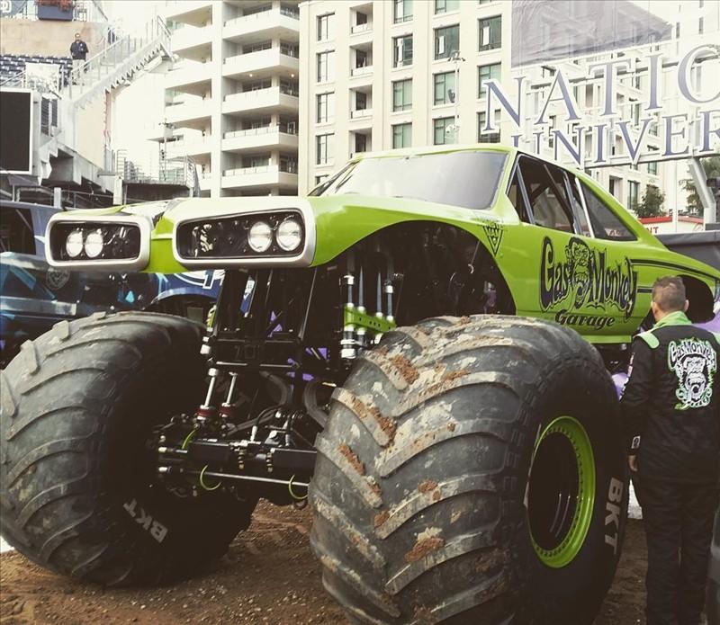 1970 Monster Truck 4