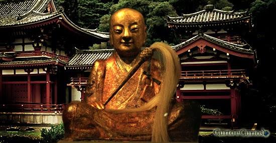 Estátua Múmia de Monge budista