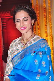 Actress Model Shilpa Reddy Exclusive Stills in Blue Saree at Vijay Karan Aashna Wedding  0033.JPG