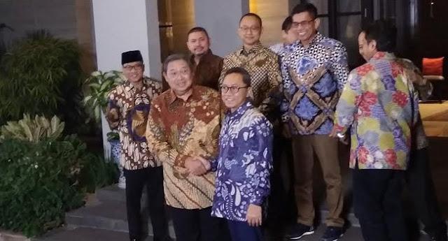Tiba Di Rumah SBY, Ini Doa Zulkifli Hasan