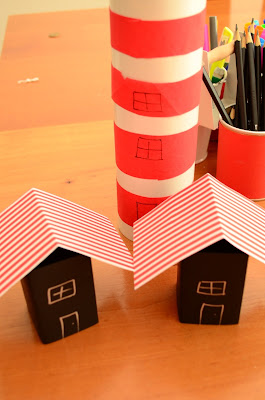 The Practical Mom: The Lighthouse Keeper Books & Pulleys!