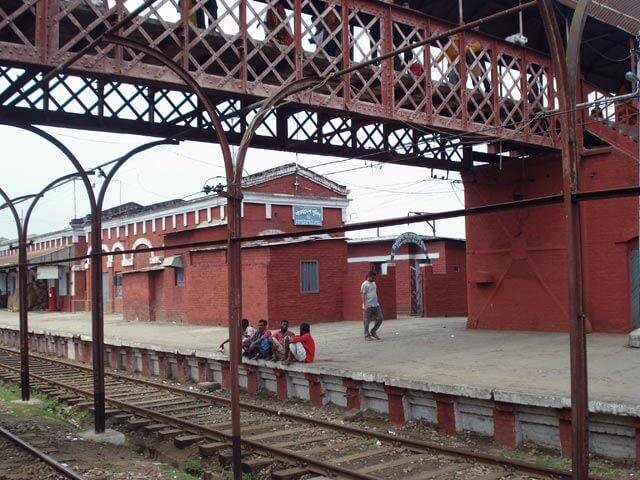 Ishwardi Railway station pic