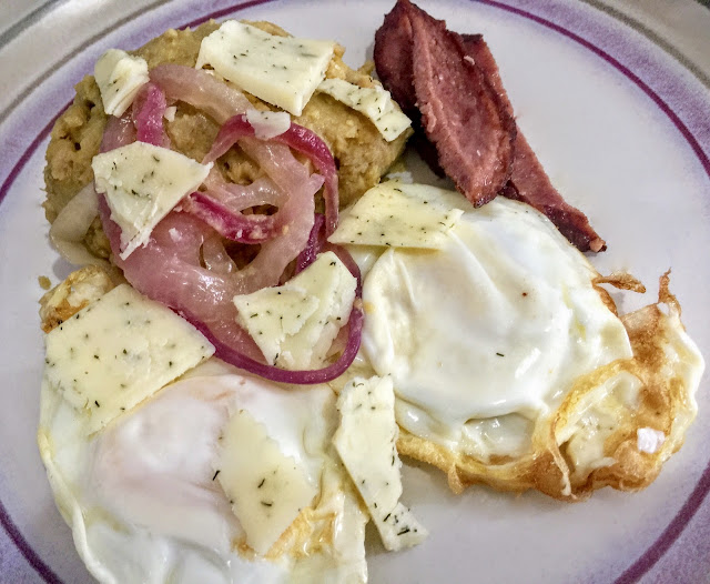 Brunch with Nellie's Eggs & Cabot Cheese