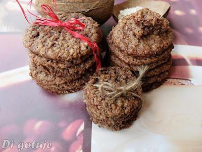 Ciasteczka owsiane czekoladowo-kokosowe (chrupiące)