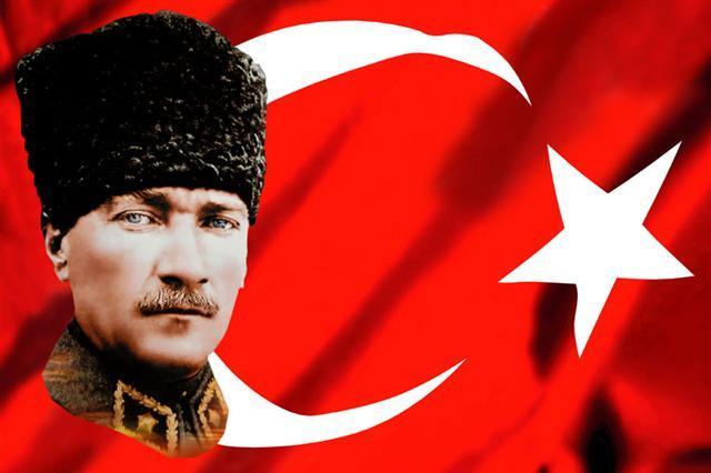 Mustafa Kemal Atatürk Kimdir Kısaca