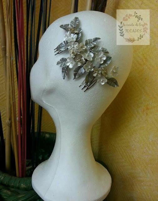 peineta artesanal para novia en colores metalizados