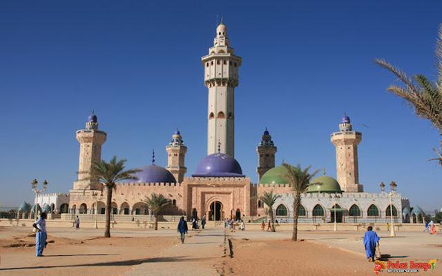 Senegal Resmikan Masjid Terbesar di Afrika Barat