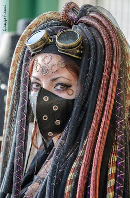 how to glue gears to your face for a steampunk makeup style