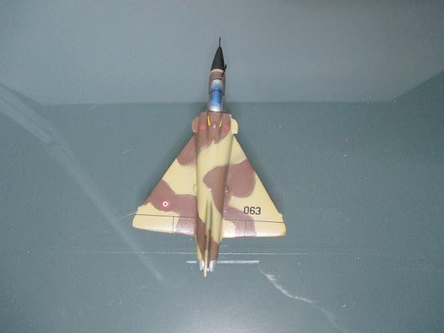 1/144 Dassault Mirage 2000 diecast aircraft