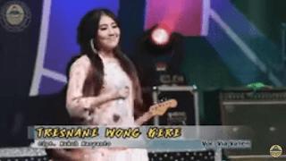 Lirik Lagu Tresnane Wong Kere - Via Vallen