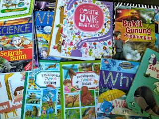 SETUMPUK BUKU BARU DARI GREEN-BOOKS