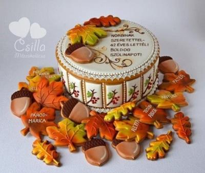 Autumn Gingerbread Box with Leaves, terbuat dari bahan kue jahe, berbentuk daun musim gugur.