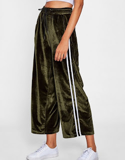 http://fr.shein.com/Striped-Tape-Side-Velvet-Wide-Leg-Pants-p-382332-cat-1740.html?utm_source=melimelook.fr&utm_medium=blogger&url_from=melimelook
