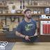 Ο Άκης Πετρετζίκης φτιάχνει παγωτό με 3 υλικά που έχουμε όλοι στο σπίτι μας (video)