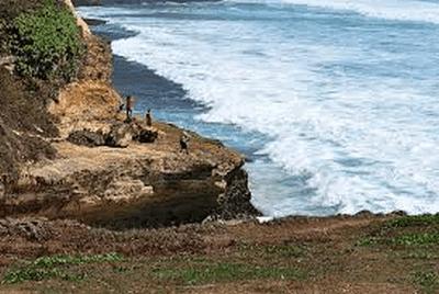 Spot Bmancing di Pantai Banyu Tibo