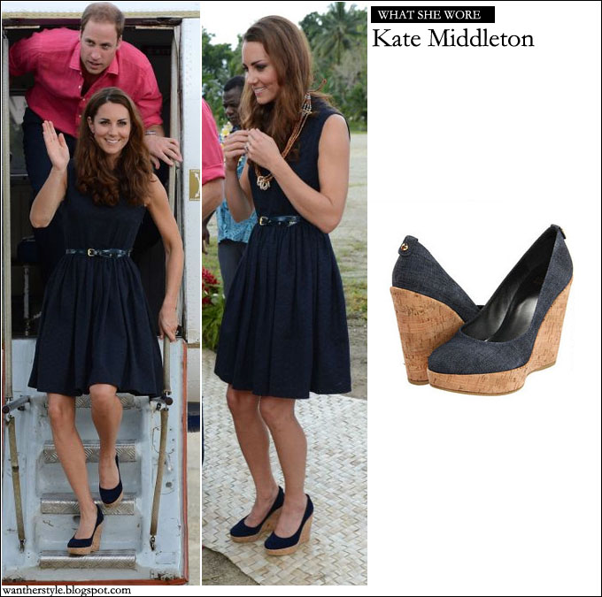 d8a4592956d WHAT SHE WORE  Kate Middleton in blue Mulberry dress and blue Stuart ...