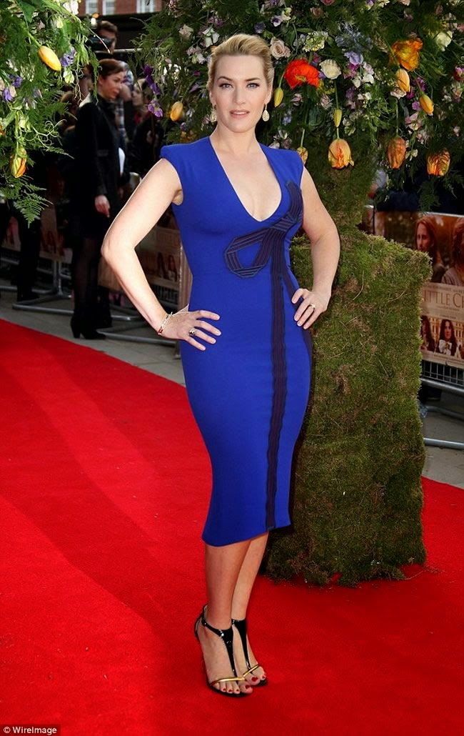 Kate Winslet Sizzles in Plunging Blue Dress