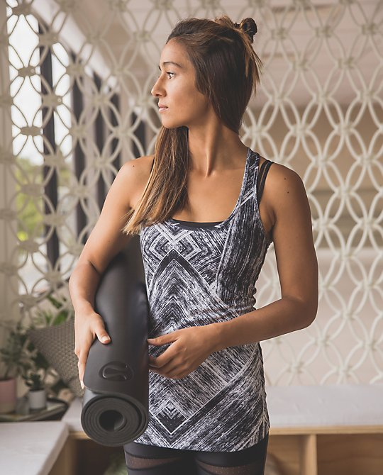 lululemon-heat-wave-cool-racerback