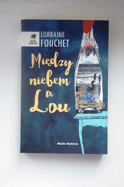 """Recenzje #71 - """"Między niebem a Lou"""" - okładka książki pt. """"Między niebem a Lou"""" - Franucski przy kawie"""