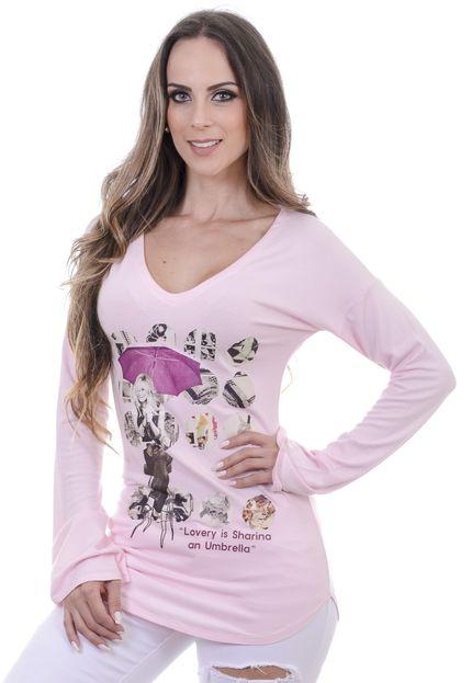 Blusa confeccionada em malha , manga longa sino e detalhes sublimação