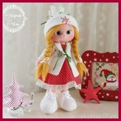 Muñeca amigurumi con vestido