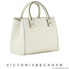 Kate Middleton arried Victoria Beckham Quincy bag