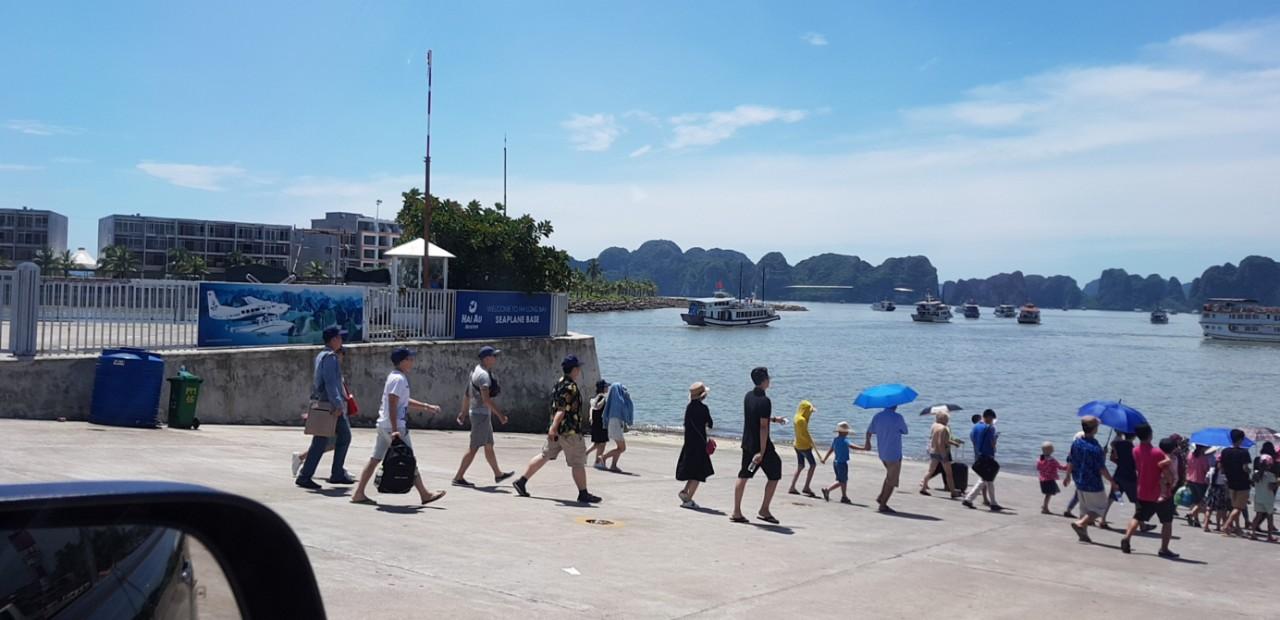 Hình ảnh thực tế tại Tuần Châu Marina