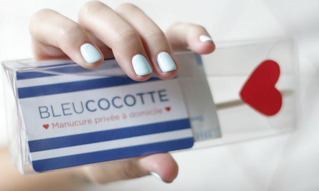 manucure bleu cocotte bordeaux Agathe Diary