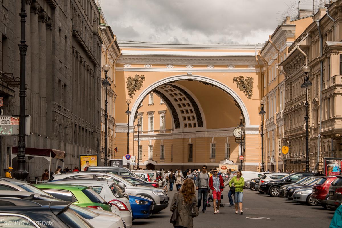 Арка на Невском фото