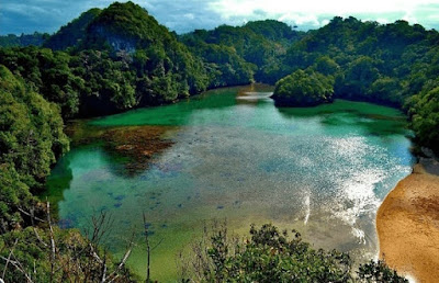 Pemandangan Wisata Pulau Sempu