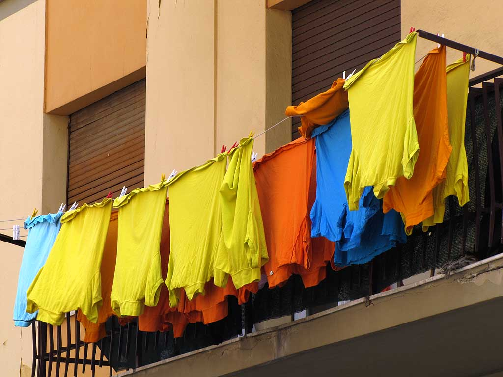 Colorful laundry, Livorno
