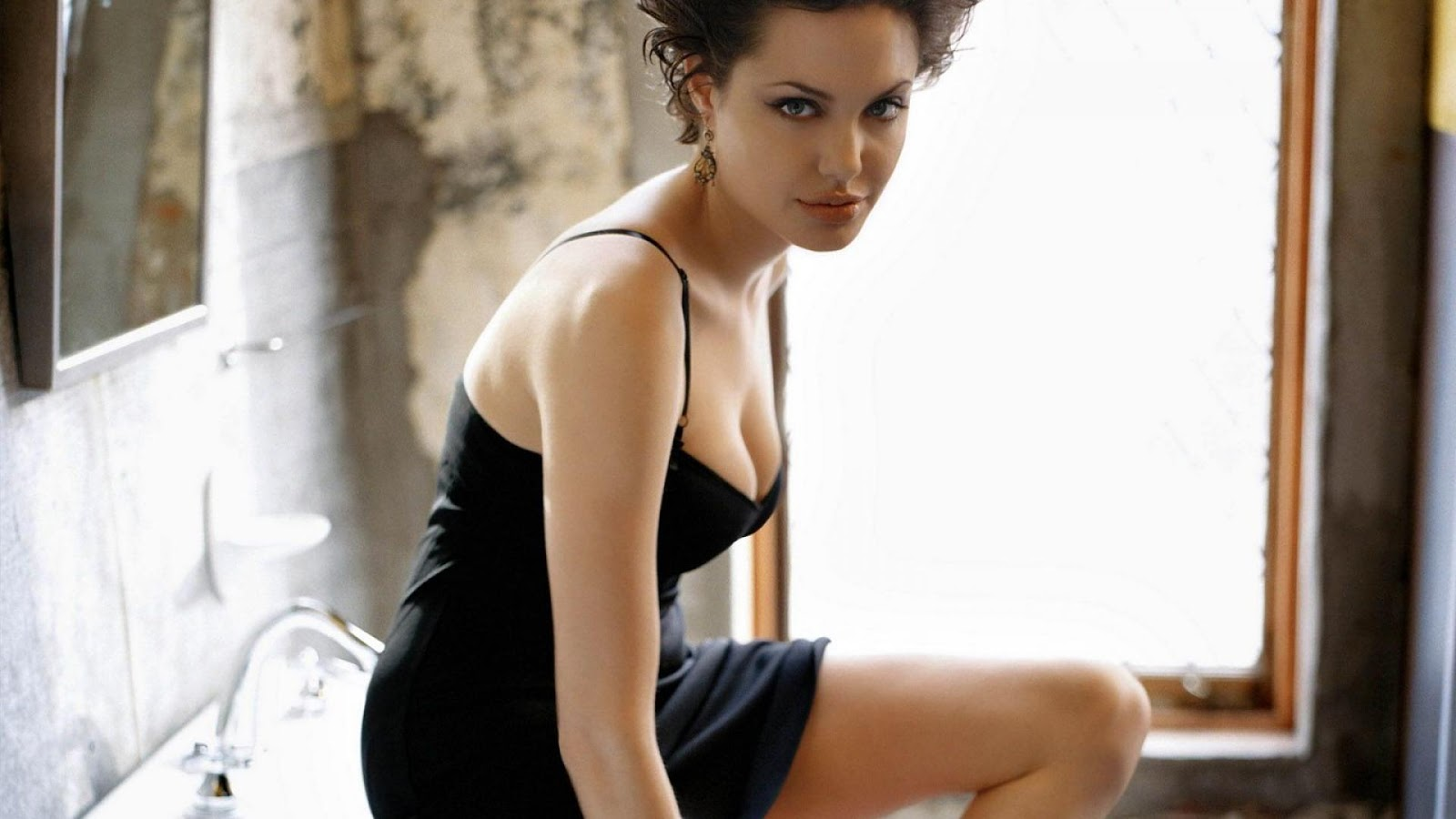 Heart Touching Love Quotes Wallpapers Angliena Jolie Faster Black