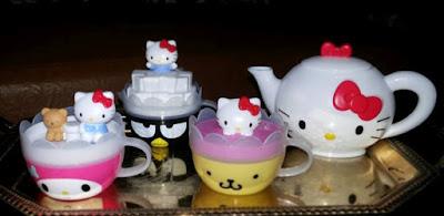 Игрушки чашки Hello Kitty 2017 Happy meal