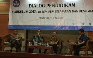 Dialog Pendidikan Implementasi Kurikulum 2013