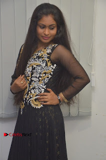 Tamil Actress Shreya Sri Stills in Black Akarkali Dress at Vanga Vanga Team Interview  0010.jpg