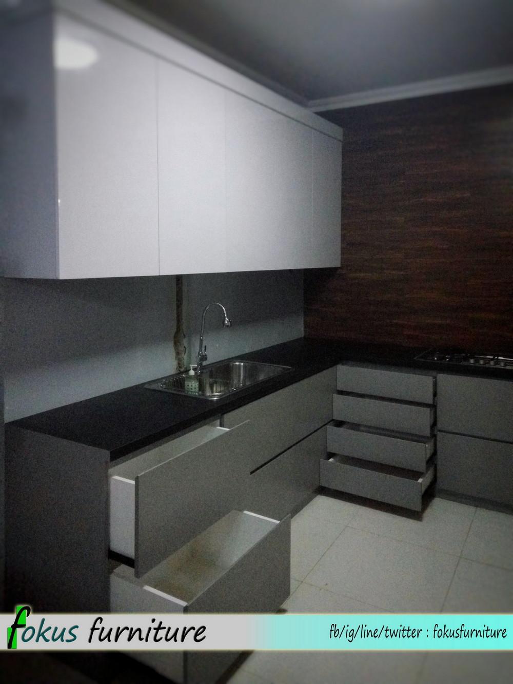 Kitchen set minimalis di duren tiga jaksel furniture for Kitchen set kompor tanam