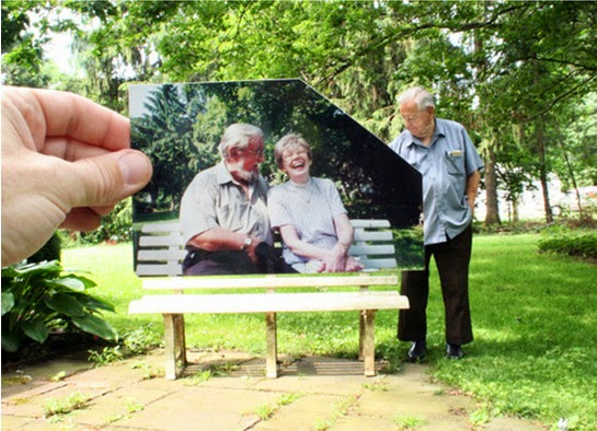 25 Photos Of People Who Will Inspire You - A man looks back on the times he spent with his departed wife.
