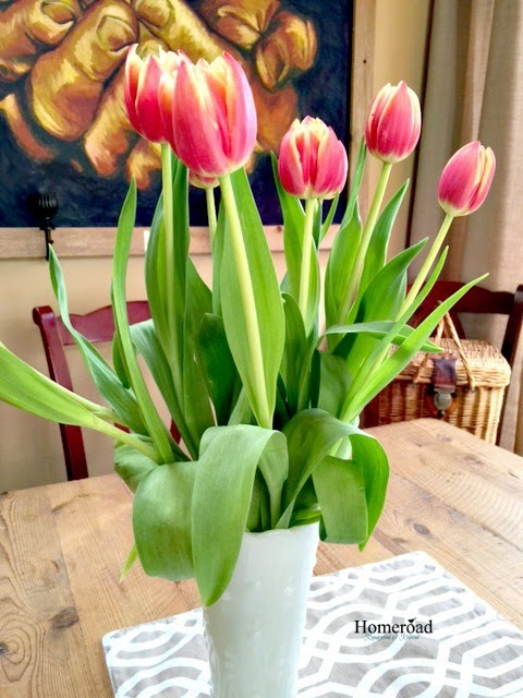 a flower tip to keep your tulips standing tall www.homeroad.net