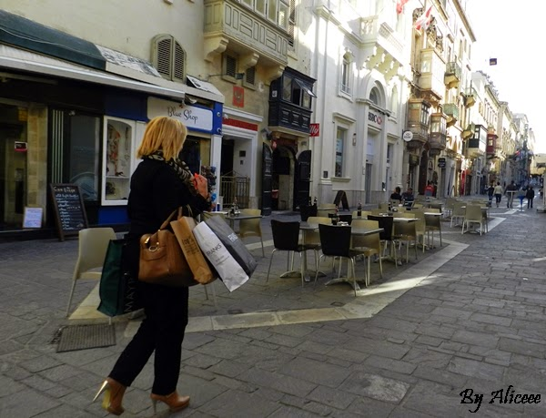 shopping-valleta