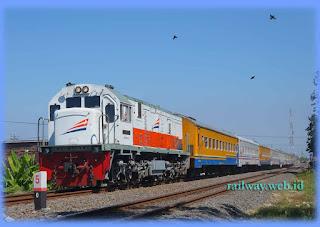 Kereta Api Kertajaya Tambahan Rangkaian Panjang