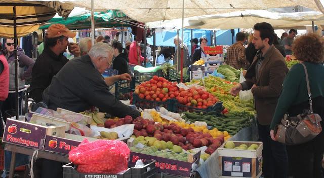 «Μπαράζ» αλλαγών στις λαϊκές αγορές
