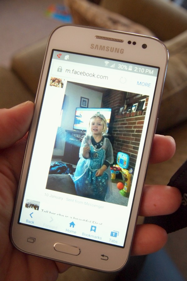 Stay in touch with family through videos and photos with a great data plan like the Walmart Family Mobile PLUS Plan! ad #DataAndAMovie  #FamilyMobile